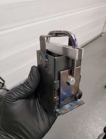 [Image showing the finished welding jig]